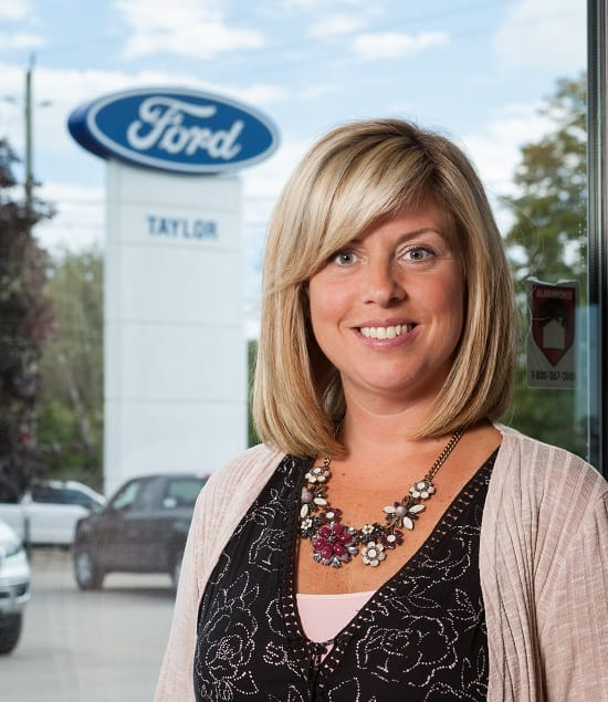 Melony McAndrews : Finance & Insurance Manager
